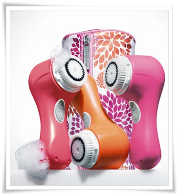 Clarisonic-Mia-2-Fresh-New-Shades-for-Spring-Peony-Coral-Mango